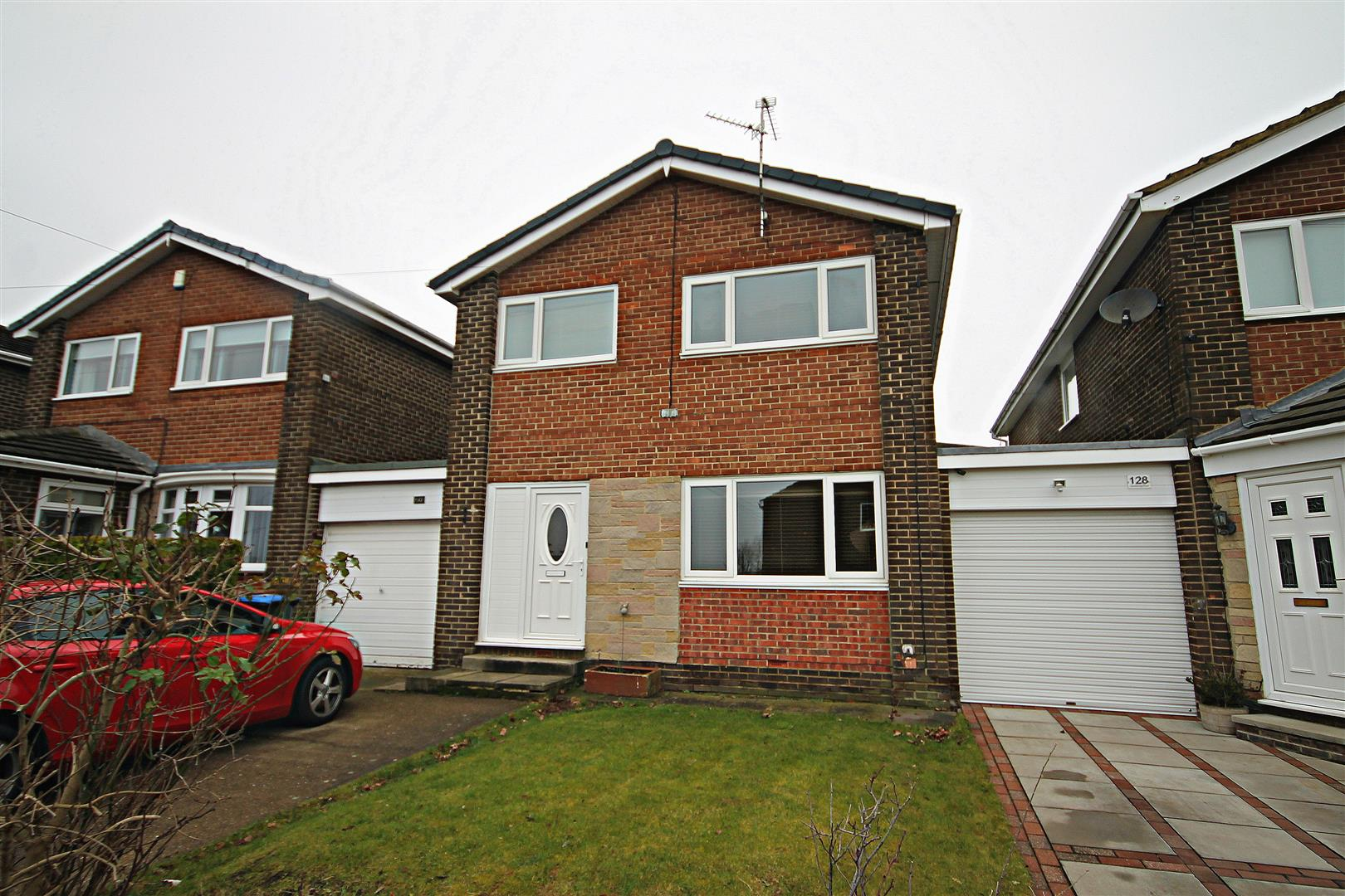 3 Bedrooms Link Detached House for sale in Canterbury Road, Newton Hall, Durham